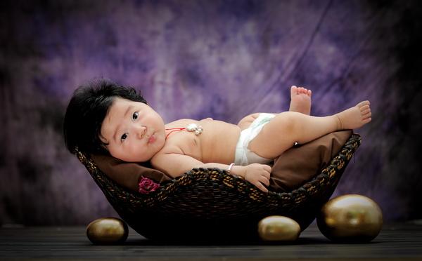 头发超好的百天宝宝