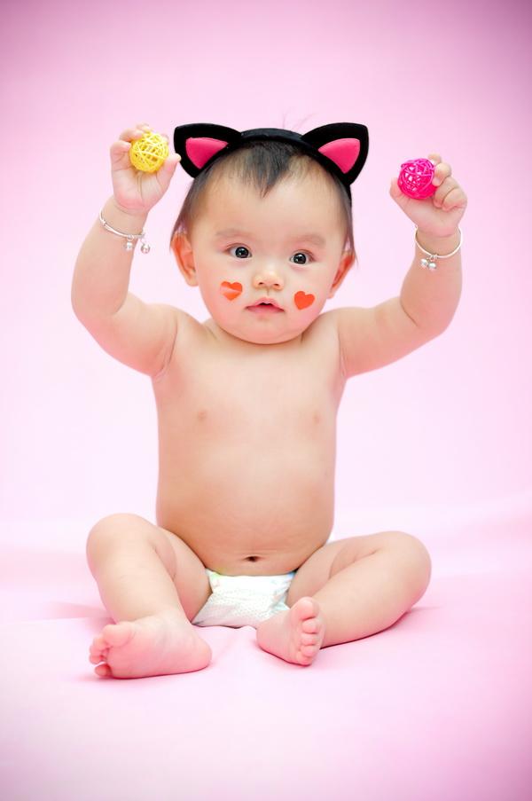 一岁宝宝照片创意图片_喵喵宝宝周岁照 - 组图作品 - 广州小哈比创意儿童摄影